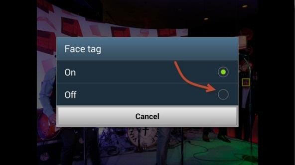 social tag off